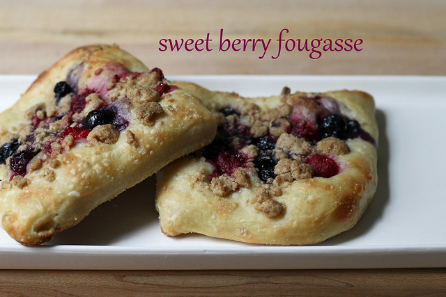 sweet berry fougasse
