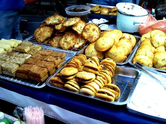Sibu pasar malam, fried stuff stall 2