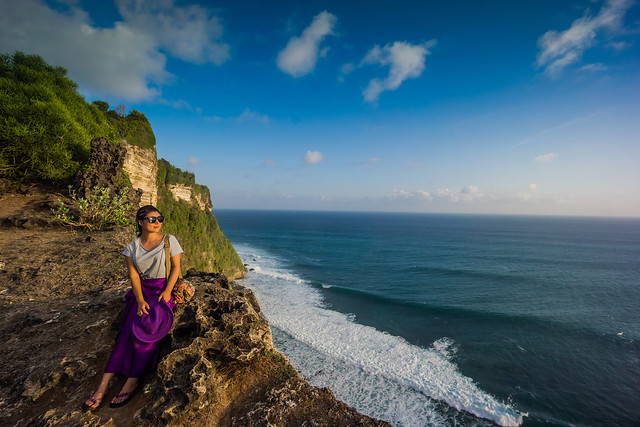 Malinda at the Cliffs of Uluwatu