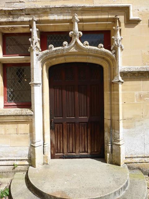 214 Château de Fontaine-Henry
