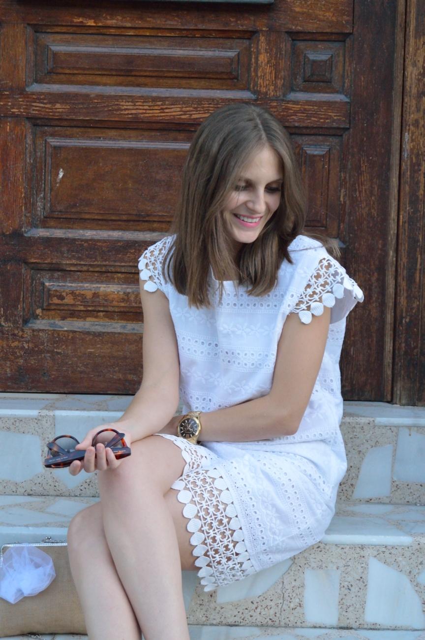 lara-vazquez-mad-lulafashion-blog-style-white-dress-out