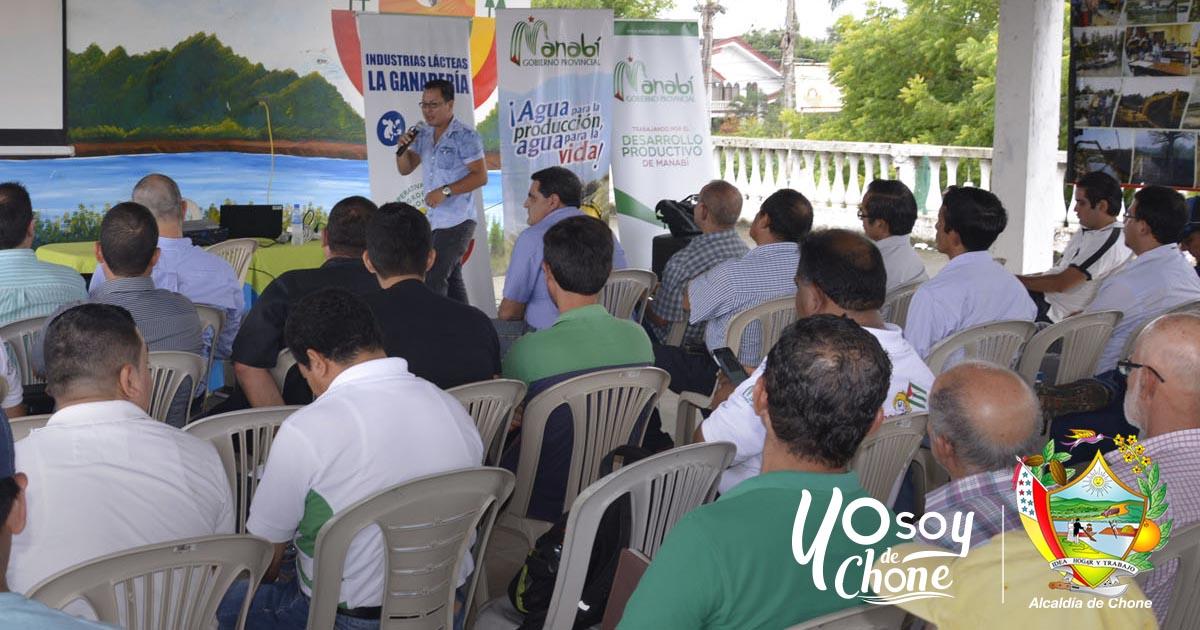 Técnicos municipales reciben capacitación en fomento productivo