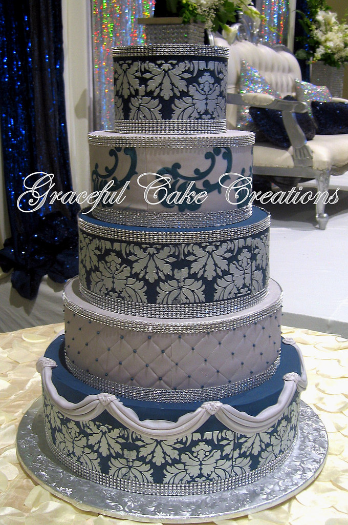 Gray And Navy Wedding Cake With Bling Wedding Cakes Classy World