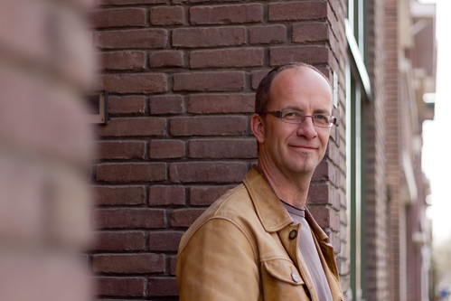Michel Driessen bij het kantoor van Contaction in Mariadal