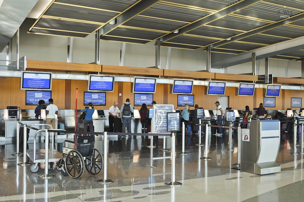 US Airways check-in at San Diego