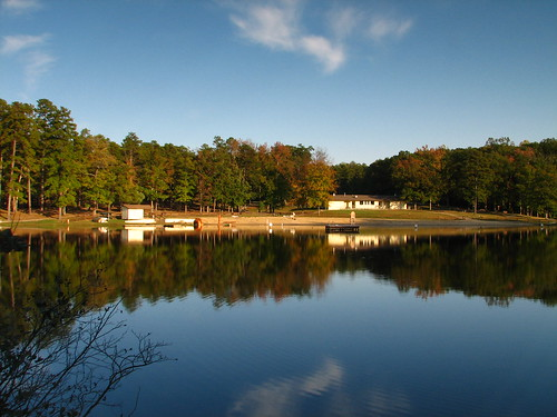 An insider 39 s guide to the best fishing in central virginia for Virginia lakes fishing
