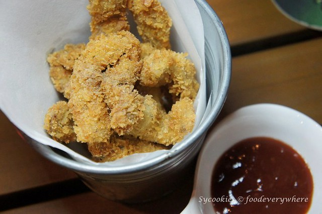 1.ante kitchen -Shhh, Listen RM 15- Thinly sliced pork ears, fried while coated with seasoned bread crumbs