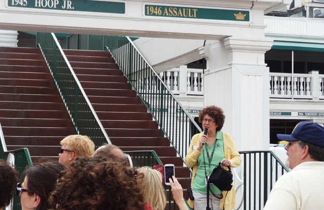 visiting churchill downs tour