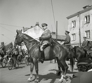 Commander-in-chief, Marshal Carl Gustav Mannerheim reviewing the parade troops in Vyborg, 1939.
