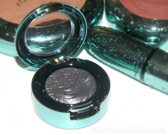 mac alluring aquatic collection extra dimension eyeshadow- fathoms deep (2)