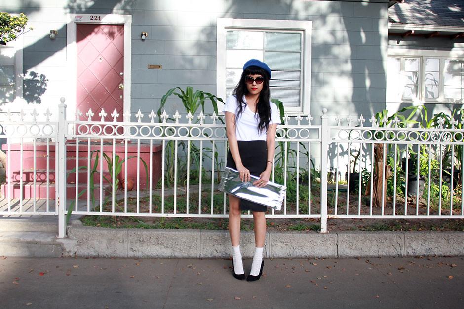 håndværk basic white tee, Can U Not Reverse Scoop Skirt, Margiela x H&M candy clutch, wool beret