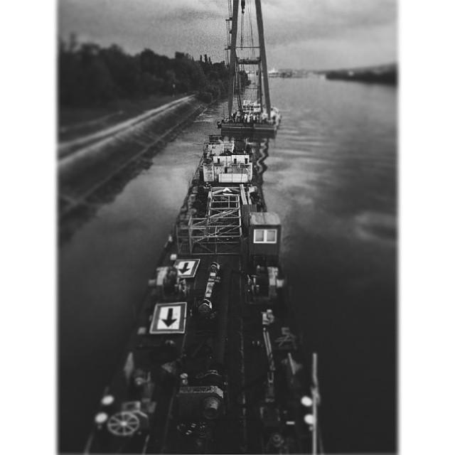 budapest #budapestagram #ship #ferry #crane #danube #brid