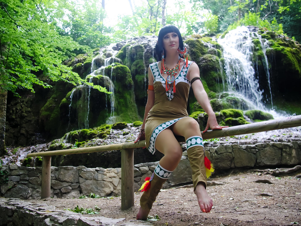 related image - Shooting Yuuko Ichihara - XxxHOLiC -  Vallée de Saint Pons - P1850568