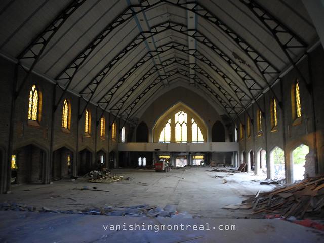 Eglise Notre-Dame-de-la-Paix demolition 07