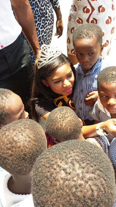 Miss Ghana UK 2013 Donates to Osu Children's Home