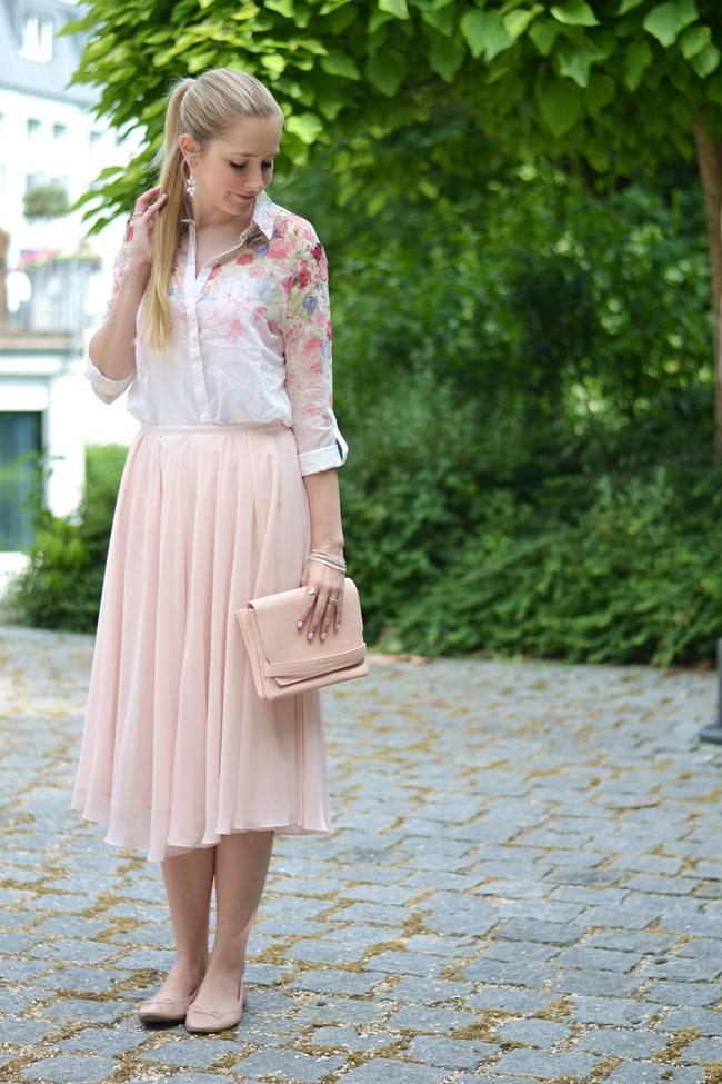 Outfit romantische Blümchen (3)