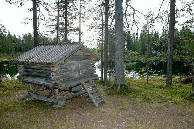 Sami storage house in Hedvallen, Sweden. Samisk stabbur (Ajtte/ förrådsbod) i Sverige. Riksantikvarieämbetet