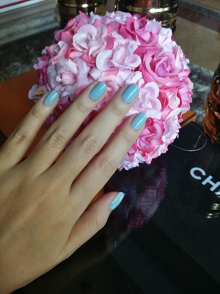 Ruby-wing-blue-polish