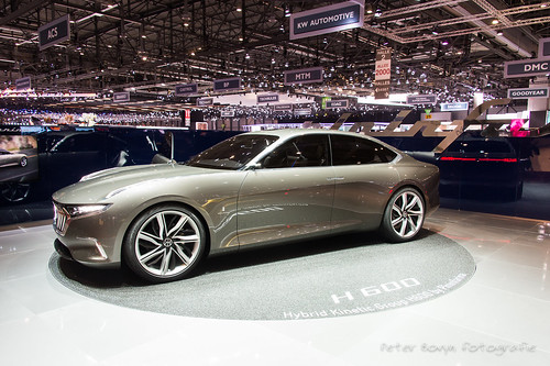 Hybrid Kinectic H 600 Concept - 2017