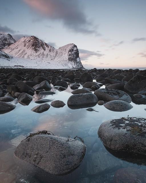 Sunrise on Unstad beach, Fujifilm X-Pro2, XF14mmF2.8 R