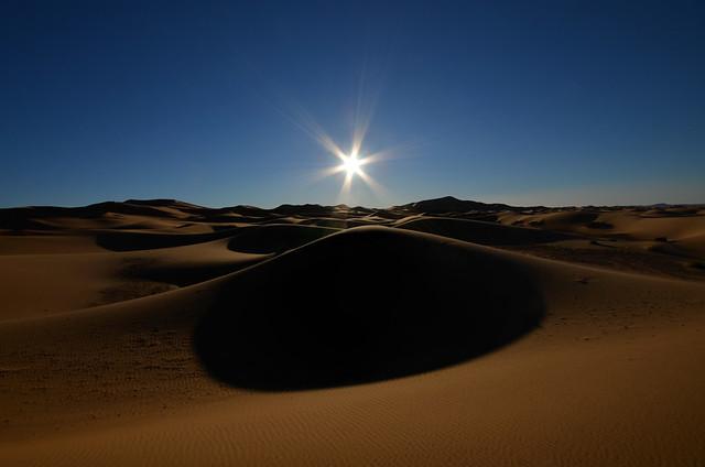 Amanecer en las dunas de Erg Chebbi