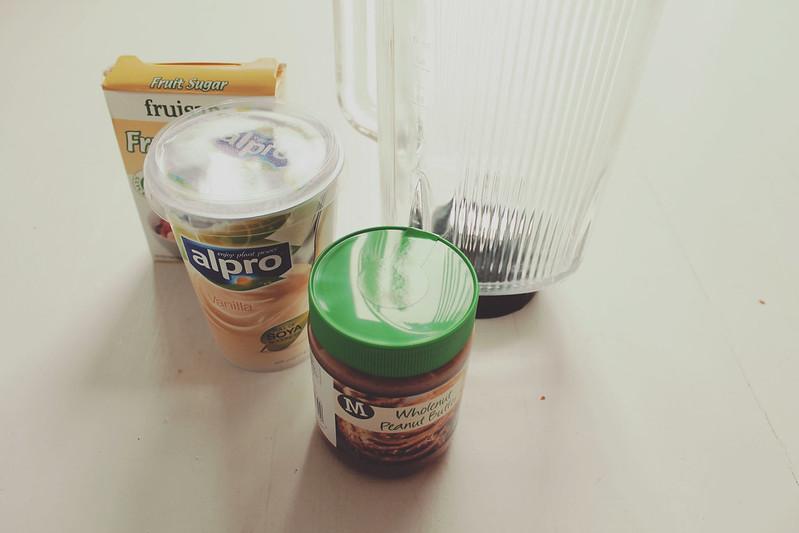 Peanut Butter Frozen Yoghurt