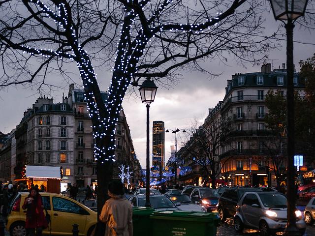 Saint-Germain-des-Près - al fondo la torre de Montparnasse