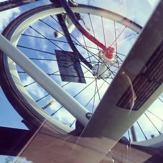 Going to Cambridge to test out the triathlon route. #vintage #fixie vs #timetrial bike Happy Friday!!