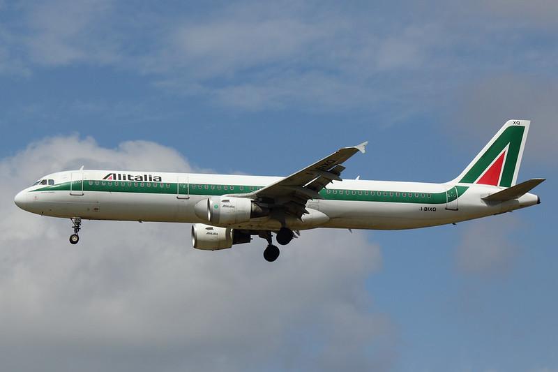 Alitalia - A321 - I-BIXQ (3)