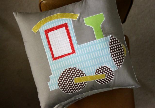 Train Pillow Engine!