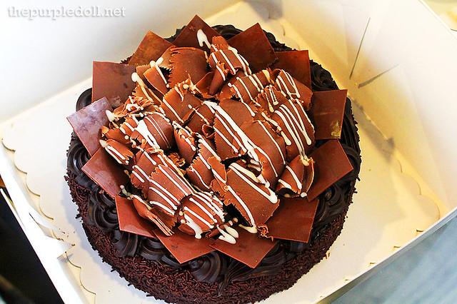B Hotel Chocolate Cake