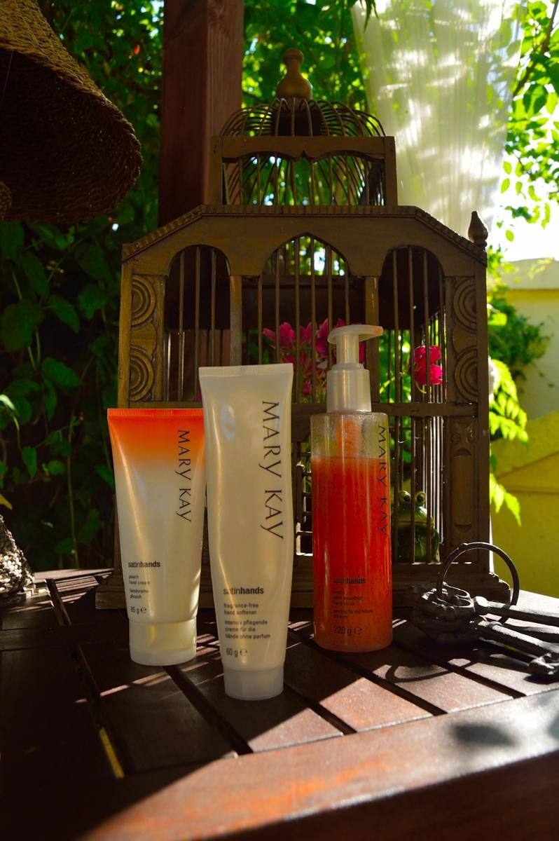 lara-vazquez-madlula-fashion-blog-mary-kay-satin-hands-beauty-tips
