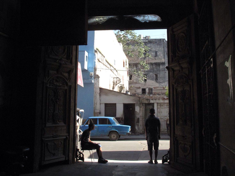 paladar la guarida_patrimonio_oficina del historiador_puerta