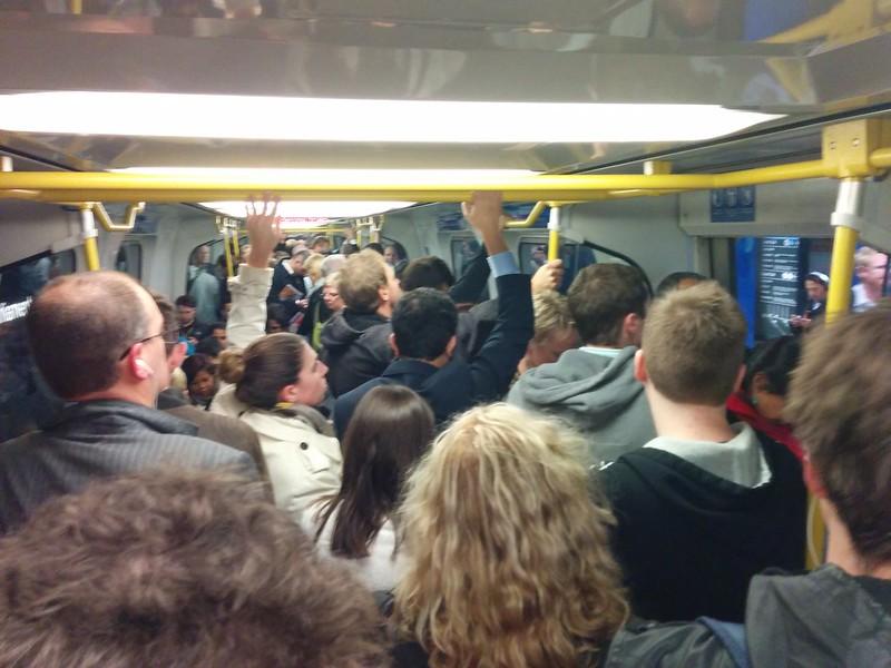 Sardine factor: 8. #SpringSt #metrotrains