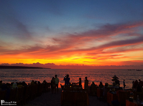 ocean travel sunset sea sky bali beach clouds dinner indonesia landscape 风景 旅行 日落 海滩 天空 风光 海边 晚餐 夕阳 印尼 巴厘岛 印度尼西亚 iphoneography instagramapp uploaded:by=instagram