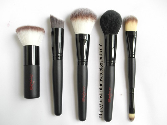 LoveyBelle Eclipse Face Brushes Set