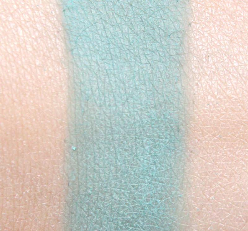 MUS blue mist microshadow swatch
