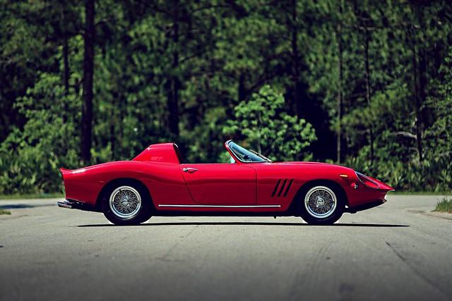 Ferrari 250 GT N.A.R.T. Spider by Fantuzzi