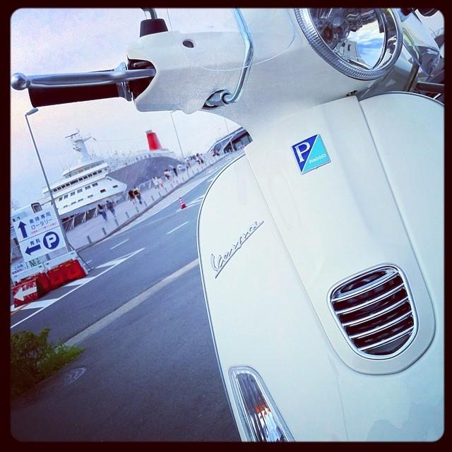 Piaggio Vespa LX125 3V in Osanbashi Yokohama