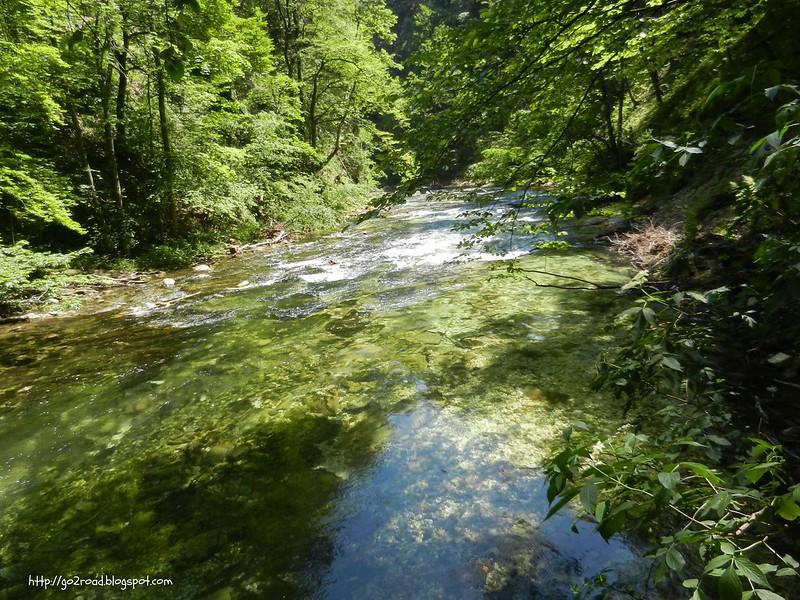горная река Словении