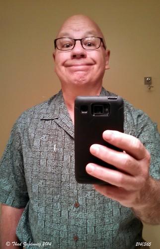 portrait people man cellphone maryland 365 bethesda android selfie zajdowicz