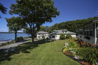 Spruce Point Inn lawn