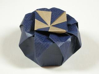 Octagonal tato-box variation