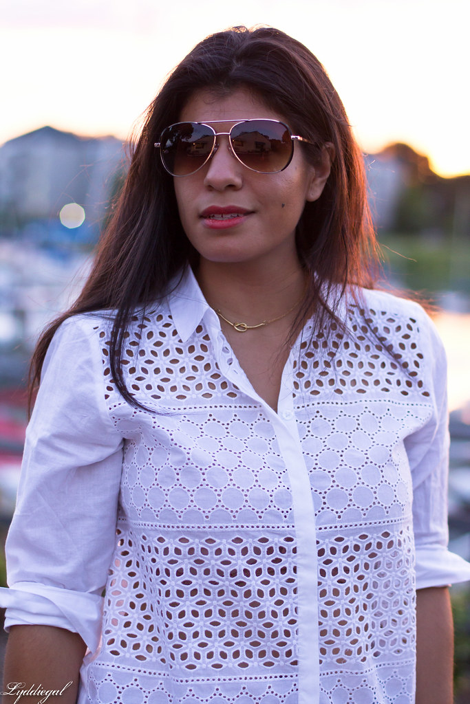 white eyelet buttondown, denim shorts 2