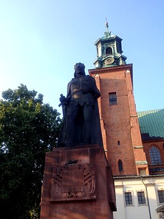 Imagem de Pomnik Bolesława Chrobrego perto de Gniezno. pomnikbolesławachrobrego