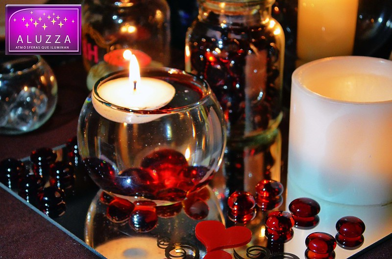 pecera con vela flotante para decoración de boda ALUZZA