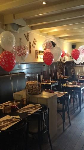 Tafeldecoratie 3ballonnen Liefde Valentijnsdag Klavertje Vier Hekelingen