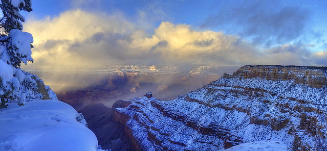 Sundown hits Grand Canyon