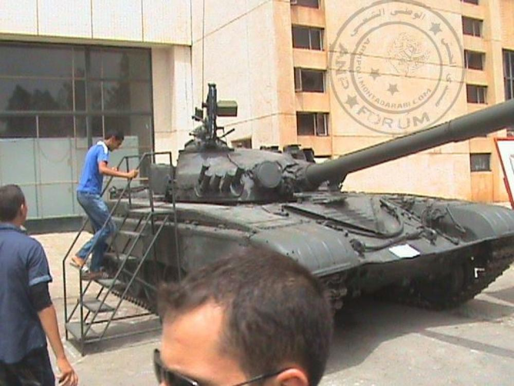 صور دبابات قتال رئيسية الجزائرية T-72M/M1/B/BK/AG/S ] Main Battle Tank Algerian ]   - صفحة 4 33146432433_31f8321ba4_o