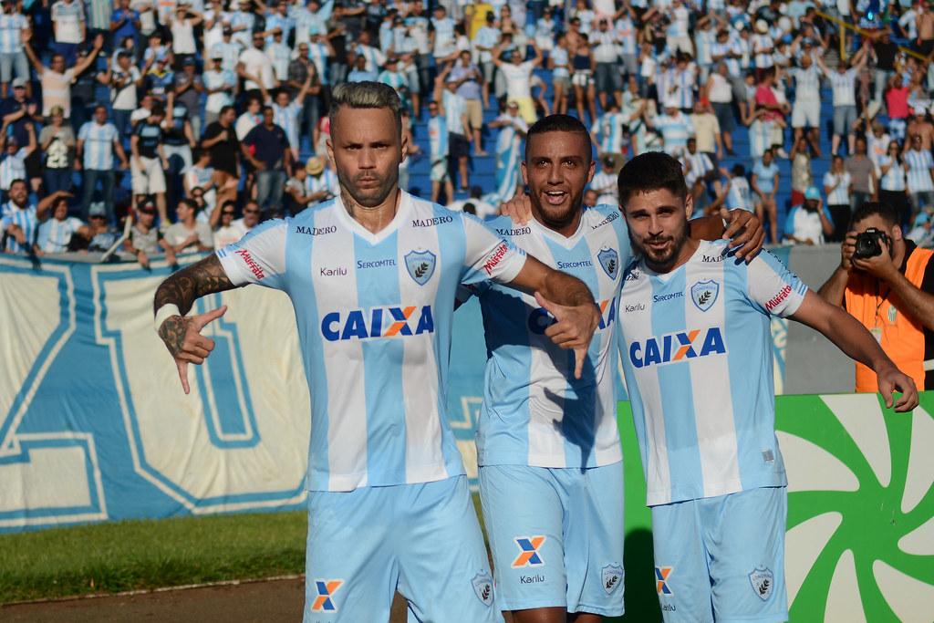 Gustavo Oliveira_013